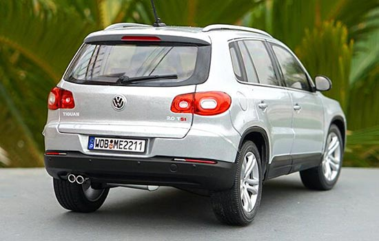 5 inch Volkswagen Touareg Crossover SUV Scale Diecast Metal Model Copper